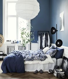 interiorbedroom bedroom washed cotton duvet cover white home set all hm us Washed Cotton Duvet Cover Set White Home All HM USYou can find Bedroom and more on our website Navy Blue Bedrooms, Blue Rooms, White Bedroom, Modern Bedroom, Linen Bedroom, Master Bedroom, Blue Walls, Bedroom Wall, Navy Blue Bedding