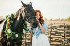 Arthur & Katrine lovestory  Pht. Andiart photo (Andrey Khrutsky)  #wedding #weddingday #weddingideas #weddinginspiration #lovestory #sunset #lowe #sweetlove #sweetmoments #vsco #vscocam #vscodnepr #vscoukraine #mywed #bride #brideideas #horse #свадьба #лавстори #свадебныйфотограф #украина #днепр #andiart_photo #andiart