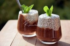 Kokosový chia pudink Chia Puding, Something Sweet, Trifle, Sweet Recipes, Smoothies, Paleo, Food And Drink, Low Carb, Pudding