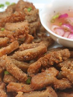 Tweaked from a recipe discovered on a British website, these deep-fried honeycomb tripe strips are so good they can be served as a main dish or as a finger food to accompany beer or other alcoholic drinks. #tripe #offal #appetizer #beef #recipe