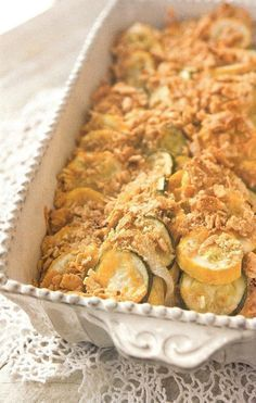 Paula Deen's Squash and Zucchini Casserole – Us Girls.Our Views Paula Deen's Squash and Zucchini Casserole – Us Girls.Our Views Zucchini Squash Casserole, Vegetable Casserole, Paula Deen Squash Casserole, Summer Squash Casserole, Squash Bake, Zucchini Gratin, Crab Cakes, Side Dish Recipes, Vegetable Recipes