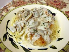 Carrabba's Champagne Chicken - pan sautéed chicken in a champagne cream sauce - so delicious! Ready in minutes! Great for New Year's!