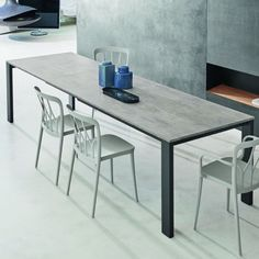 Bontempi Tom Table from Lime Modern Living. Find a range of modern and contemporary furniture featuring the best European brands. Contemporary Furniture Stores, Contemporary Dining Table, Dining Table Design, Modern Table, Modern Furniture, Extendable Dining Table, Dining Tables, Apartment Interior Design, House Design