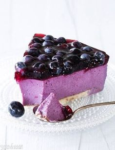 Mustikkajuustokakku on herkullinen kahvipöydän kaunotar. Sweet Recipes, Cake Recipes, Dessert Recipes, Finnish Recipes, Scandinavian Food, Just Eat It, Sweet Pastries, Pastry Cake, Piece Of Cakes