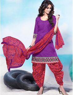 Patiala salwar kameez look really great at casual weekend outings or on festivals, This punjabi suit is really great with print and colours. Product code - G3-WSS7187 Price - INR 695/- only