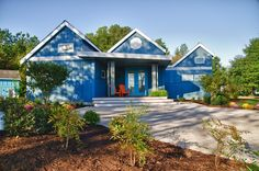Extreme Makeover Home Edition - Front
