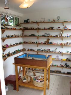 """Sand tray room in Stinson Beach, with lots of loose parts - image shared by Spirit In The City ("""",)"""