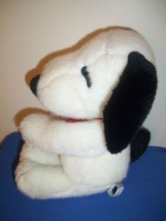 Rare Determined Productions Plush Snoopy  Vintage Peanuts Schultz