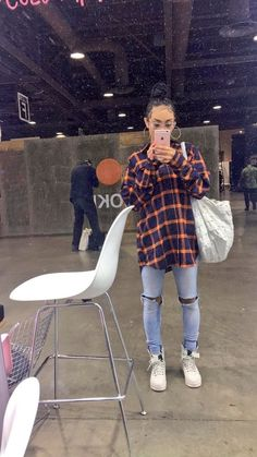 inspired outfit women's fashion flannel ripped jeans street style - Source by topswomens fashion idea Chill Outfits, Hipster Outfits, Trendy Outfits, Dope Fall Outfits, Grunge School Outfits, Ghetto Outfits, Tomboy Outfits, Rock Outfits, Fashion Killa