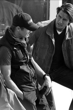 Jeremy Renner and Tom Cruise <3