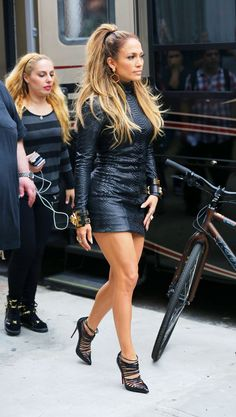 Jennifer Lopez em passeio por Nova York(Foto: AKM-GSI)