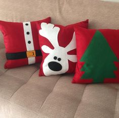 Pillow Crafts, Diy Pillows, Decorative Pillows, Throw Pillows, Christmas Patchwork, Christmas Cushions, Christmas Fun, Felt Cushion, Christmas Crafts