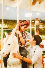 Resultado de imagem para Amusement park couple