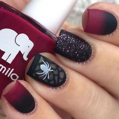 Looking for ideas for Halloween nail art to spook your friends? Here are the… - http://makeupaccesory.com/looking-for-ideas-for-halloween-nail-art-to-spook-your-friends-here-are-the-13/