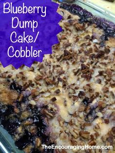 Easy Blueberry Dump Cake/Cobbler ~ great for potlucks, church socials, family reunions or anytime! Easy Blueberry Cobbler, Blueberry Dump Cakes, Lemon Blueberry Dump Cake Recipe, Easy Blueberry Desserts, Dessert Simple, Family Reunion Desserts, Family Reunions, Poke Cakes, Köstliche Desserts