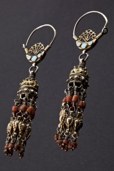 Uzbekistan | Earrings; silver, silver gilt, turquoise and coral.  From Ori | ca. 1st half of the 20th century