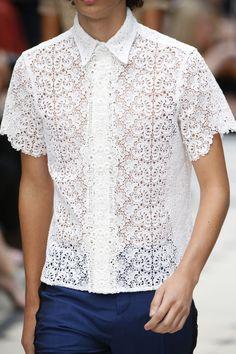 a1a4963d8ce12 Burberry Spring 2016 Ready-to-Wear Accessories Photos - Vogue Camisa De  Renda,