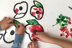 Poppy Suncatchers for Preschoolers - Red Ted Art Easy DIY Poppy Suncatchers - this is a great Remembrance Day Activity for Preschoolers. It looks really effective and is a great way to start a conversation about Remembrance Day and why we observe it!
