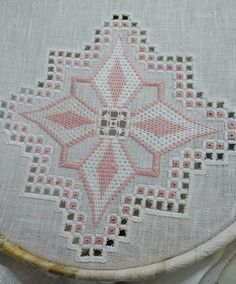Sewing Pants, Dress Neck Designs, Hardanger Embroidery, Crochet Tablecloth, Ravelry, Needlework, Weaving, Stitch, Crafts
