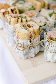 Snacks Für Party, Lunch Party Ideas, Picnic Ideas, Party Games, Party Food Wraps, Brunch Party Foods, Brunch Recipes, Fancy Party Food, Buffet Recipes
