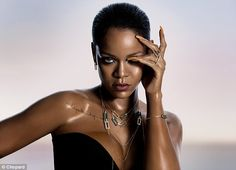 Rihanna announced this morning her new jewelry collaboration with Chopard...