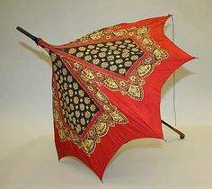 Parasol Date: 1900–1920 Culture: American Medium: silk, wood Dimensions: [no dimensions available] Credit Line: Gift of Mr. William Drown Phelps, 1943 Accession Number: C.I.43.29.13