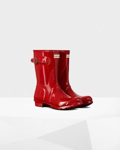 Color - Military Red! Women's Original Short Gloss Rain Boots size 6 :) These will be awesome for the snow. I know you probably don't like them but I've always wanted a pair of these.