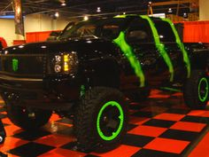 Monster Energy Truck/ I SOOOO WANT THIS BAD BOY !  A girl can only dream!!