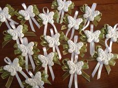Matrimonio: segnaposto economici ma chic in ceramica Wedding Cards, Wedding Favors, Wedding Events, Wedding Gifts, Wedding Decorations, Wedding Ideas, Mather Day, Plaster Crafts, Christmas Art