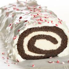 This gluten-free chocolate yule log gets 5 stars, and looks good to try for my Christmas Eve birthday!