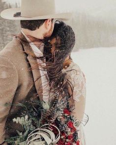 Wedding Dress Winter, Winter Wedding Receptions, Snow Wedding, Wedding Tips, Trendy Wedding, Perfect Wedding, Wedding Photos, Dream Wedding, Rustic Wedding