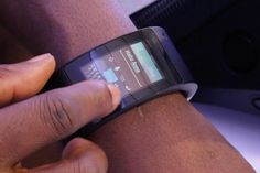 WIll.I.Am launches Puls, his smart watch or smart sleeve. Blending tech savy design, flexible display, stand alone phone function and his funky image. Puls will be a serious impulse in smart watch popularity