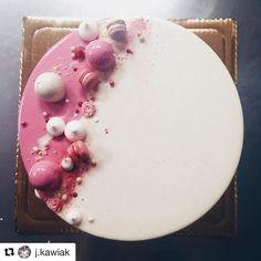 #Repost @j.kawiak (@get_repost) Raspberry | tonka | wanilla. #silikomartprofessional #chefsofinstagram #callebautchocolate #callebaut #chocolate #strawberry #slodkinanan #nanan #słodkinanan #timefordessert #sweettooth #foodie #foodphotography #perfectgift #patisserie #callebaut #vscolove #vscocook #vscofood #foodiegram #zabierzmniedodomu #sweets #prettytreats #sweets #krolestwodeserow #foodporn #makemehappy #dessertporn #desserttable