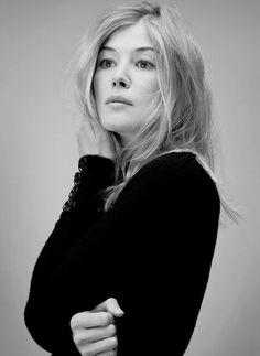 Rosamund Pike for Fabric Magazine (Feb, 2015)