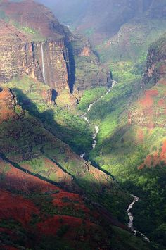 Waimea Canyon, Kauai, Hawaii. A few years ago; my brother, sister in law, folks and I drove to see this. Only to have the canyon socked in with fog. We couldn't see a thing.  Thanks Pinterest, now I can see it.