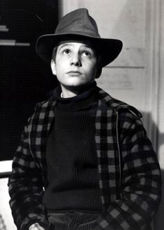 Jean-Pierre Léaud in Les quatre cents coups directed by François Truffaut, 1959 Jean Pierre Leaud, France Tv, Jacques Demy, Francois Truffaut, French New Wave, French Style, Pin Up, Films Cinema, Photo Print