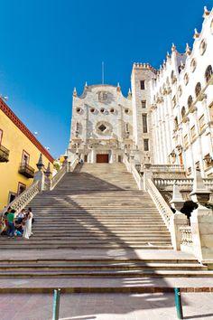Universidad de Guanajuato – Los 8 Imperdibles de México