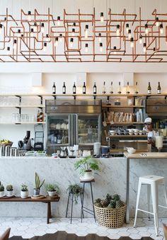 El Rocket Coffee Bar, un restaurante ubicado en la ciudad de Bangkok cuya fama se ha convertido en viral y que destaca por una cuidada decoración.