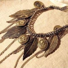 Min.order is $10 (mix order) High quality !41F51Fashion vintaged fringed Human head leaves necklace wholesale Free shipping! US $3.39