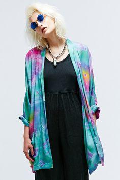 Vintage One-Of-A-Kind Tie-Dye Splat Batwing Jacket http://uoeur.pe/uorenewal #UrbanOutfitters #Vintage