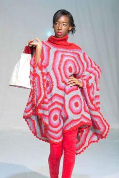 This poncho makes me happy. Poncho Shawl, Crochet Poncho, Beautiful Crochet, Crochet Clothes, Knitwear, Kimono Top, Red, Sweaters, How To Make