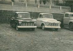 Antigos Verde Amarelo: Chevrolet Marta Rocha ...   Dupla das pick-up Chevrolet 3.100 aqui chamadas de Marta Rocha. À esquerda 1955 e a outra 1956. guilhermedicin@hotmail.com  Postado porGuilherme da Costa Gomesàs18:32  Antigos Verde Amarelo: Chevrolet Marta Rocha ...