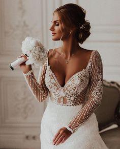 Image about girl in wedding by ɴᴀɴᴄʏ❦ on We Heart It Wedding Goals, Wedding Attire, Wedding Day, Wedding Planning, Dream Wedding Dresses, Bridal Dresses, Bridesmaid Dresses, Creative Wedding Ideas, Fantasy Wedding