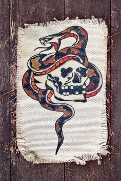 Traditional Tattoo Inspiration, Traditional Style Tattoo, Traditional Tattoo Flash, Tattoos Mandala, Octopus Tattoos, Geometric Tattoos, Bone Tattoos, Leg Tattoos, Henna Tattoos