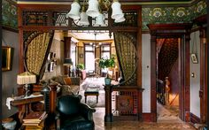 Smarter Alec: NY Times Victorian Brownstone: Enter If You Dare