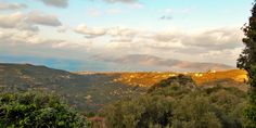 Living in Crete: http://www.livingincrete.net/index.html