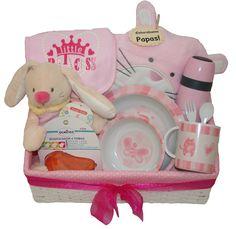 Cesta Glotona 66.95€ www.lacestitadelbebe.es Práctica cesta con bonitos artículos ideales para armonizar las primeras comidas del bebé en esta etapa tan importante de su vida.