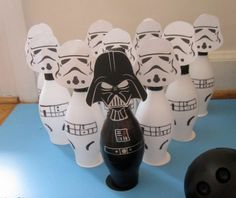 """I think it's about time we had another Star Wars party.""""The Empire Strikes Back"""" - Easy DIY Star Wars game Star Wars Party Games, Theme Star Wars, Star Wars Day, Star Wars Birthday, Diy Birthday, Birthday Ideas, Cumpleaños Angry Birds, Aniversario Star Wars, Star Wars Crafts"""