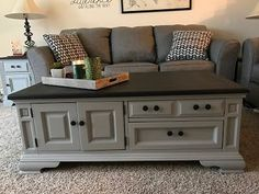Repainting Coffee Table/Chest--love how easy and professional looking with Chalk Paint