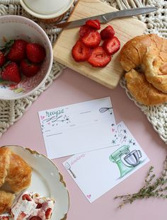 A green kitchenaid themed loose recipe card to handwrite your favorite recipes